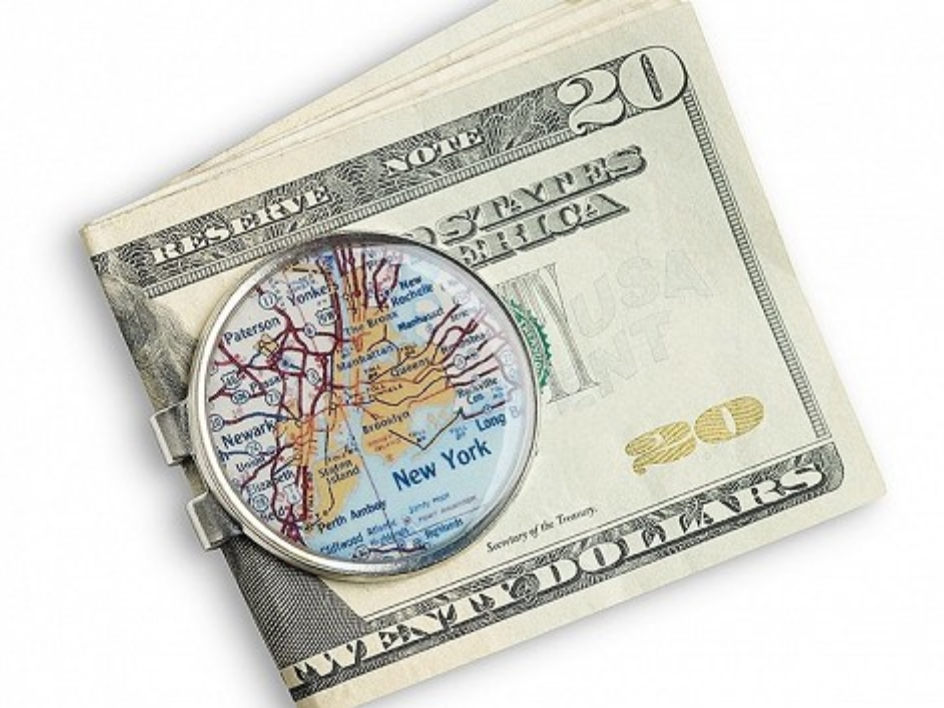 A map of New York is depicted on this engraved money clip from CHART Metalworks