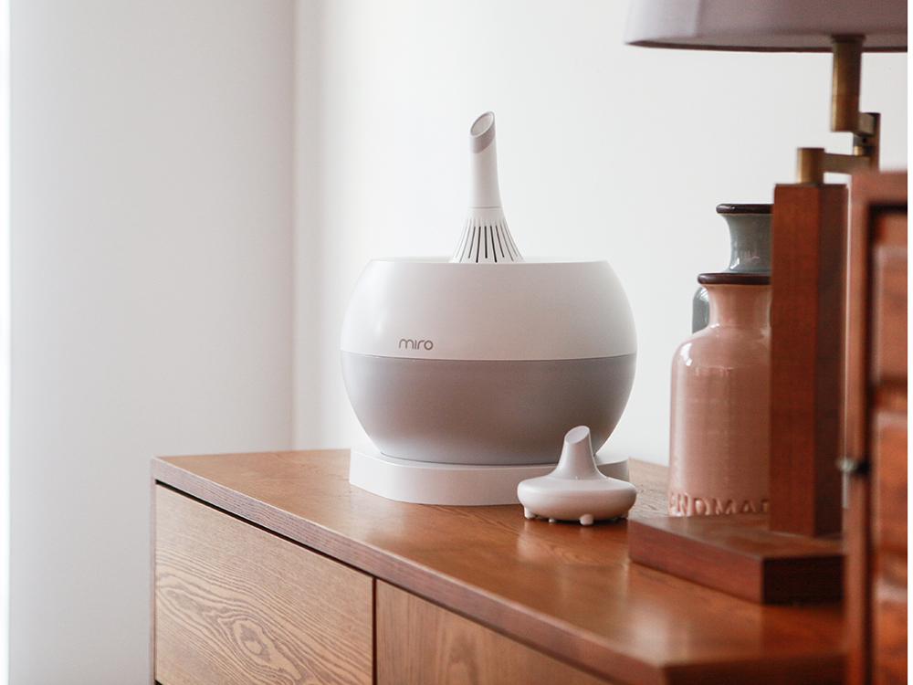 A Miro micro cleanpot sits on a dresser